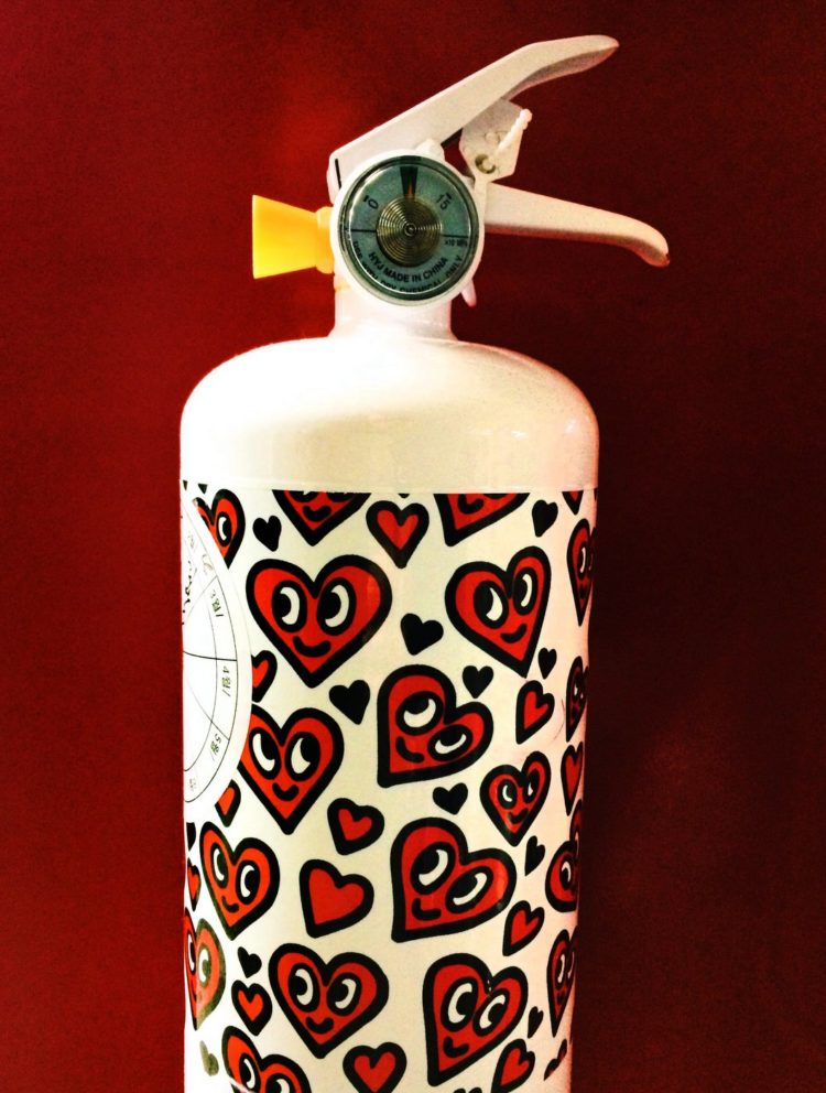 Decorated fire extinguisher - Red heart faces