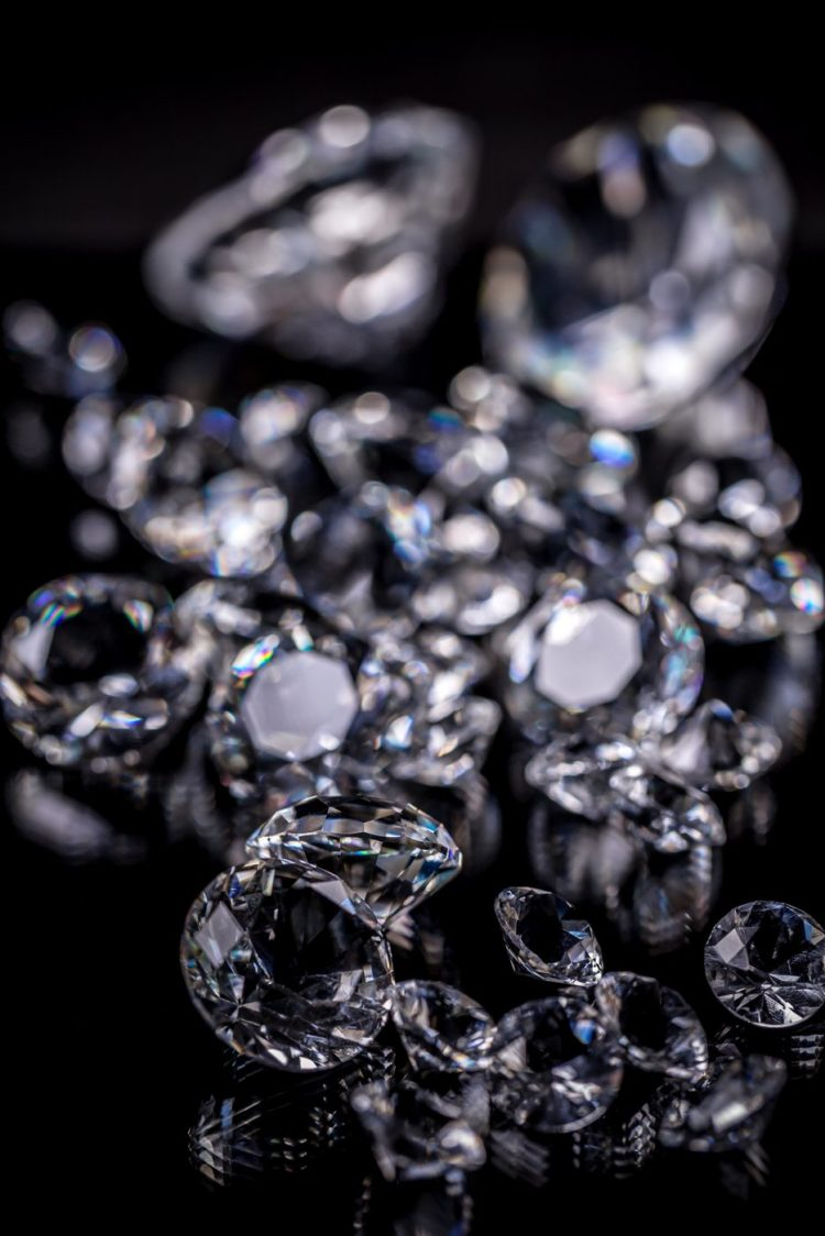 Diamonds or cut glass - Gemstones