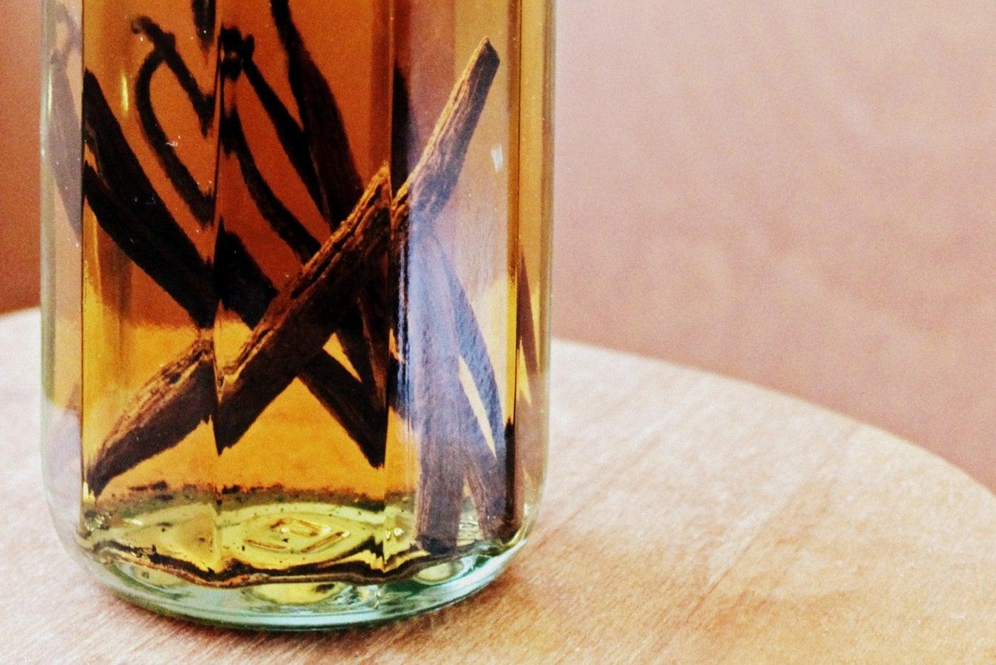 Brewing homemade vanilla extract