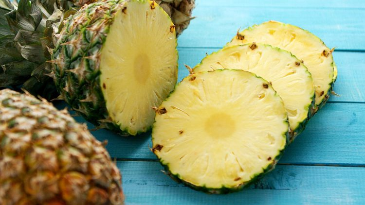 Slices of fresh pineapple