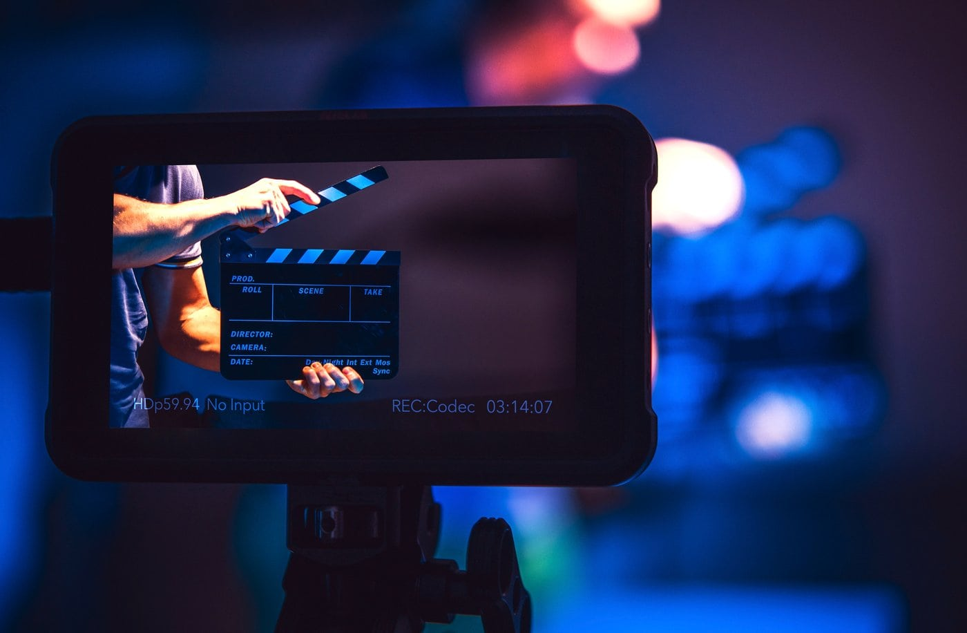 Video monitor with clapperboard - Movie production