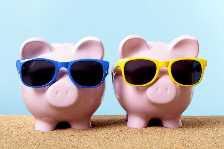 Piggy banks - Credit union and banks