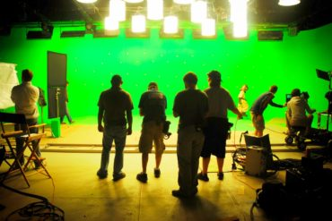 Green screen movie shooting - Chroma key basics