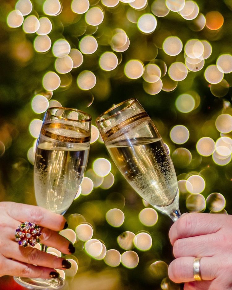 Bokeh photography effect - Champagne