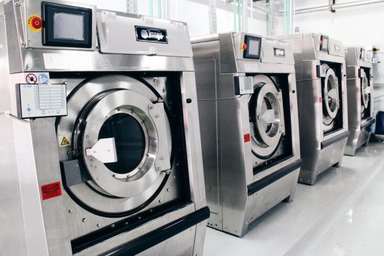 Industrial drycleaning machines