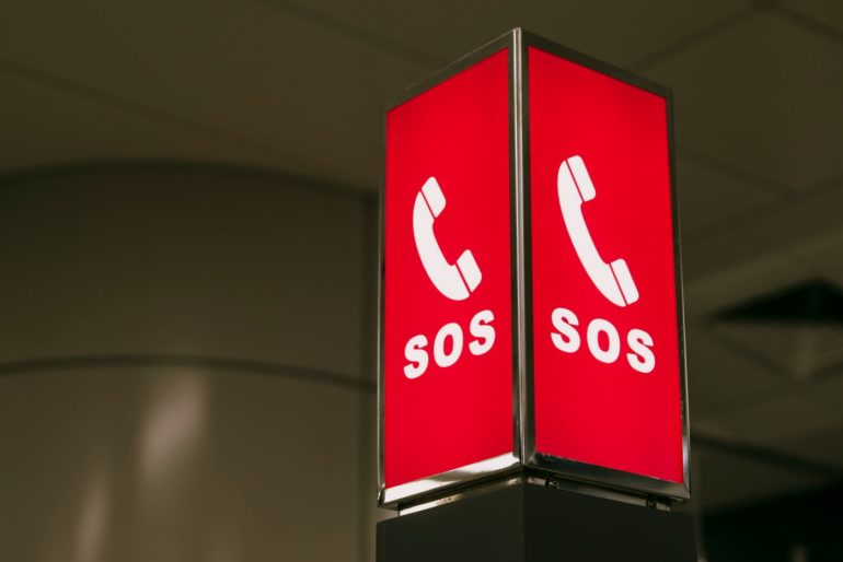 Sign with the emergency call SOS